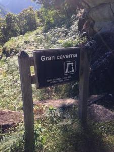 gran caverna sign